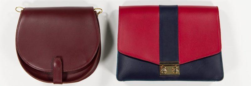 2 sac opposés côte à côte. Un plus rond et bordeaux et l'autre rectangulaire bordeaux marine